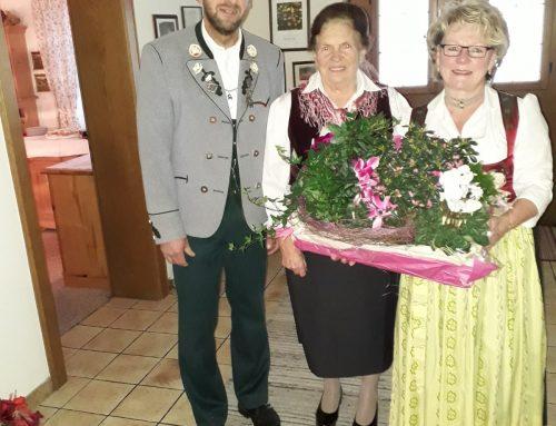 80. Geburtstag von Röckefrau Hilde Kirner